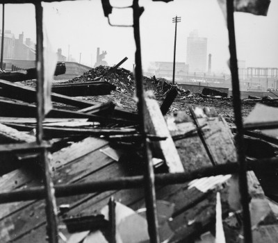 Overspill: the history of the Manchester slum clearance to Darnhill...